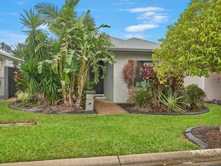 11 Sandridge Way Smithfield , QLD, 4878