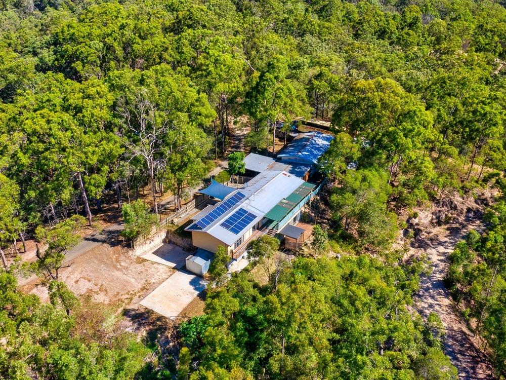 48 Darlington Range Road Canungra, QLD 4275