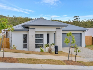 170 Woodline Drive Spring Mountain , QLD, 4300
