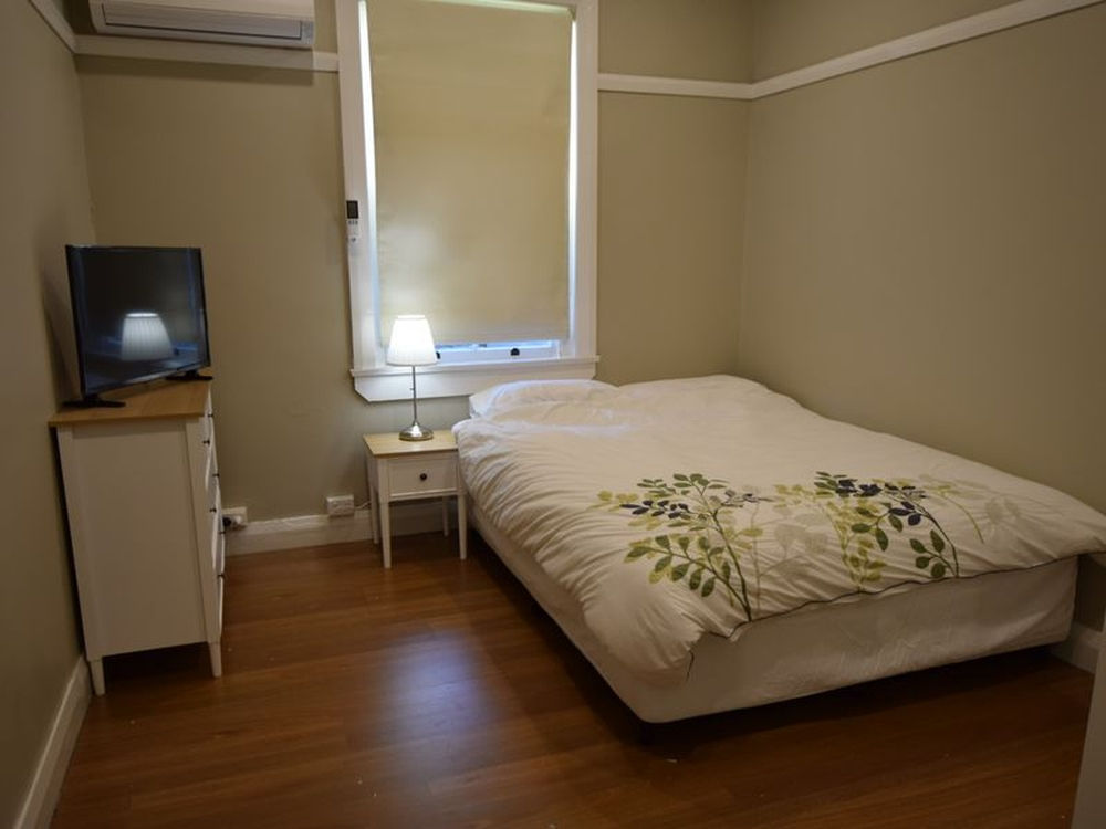 Unit 3/14 Spring Street Young, NSW 2594