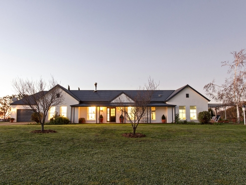 521 Spring Creek Road Young, NSW 2594
