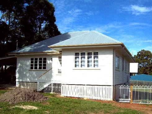 4 Duncan Street Macleay Island, QLD 4184