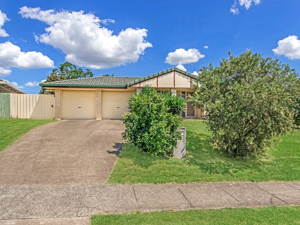 159 Henty Drive Redbank Plains, QLD 4301