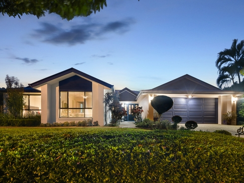 192 Saturn Crescent Bridgeman Downs, QLD 4035