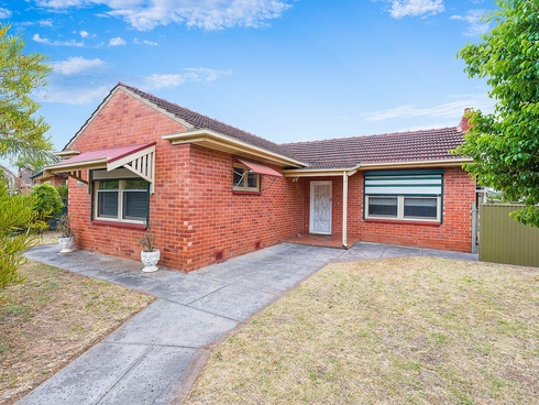 14 Colin Street Findon, SA 5023