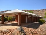 14 Hillside Gardens Desert Springs, NT 0870