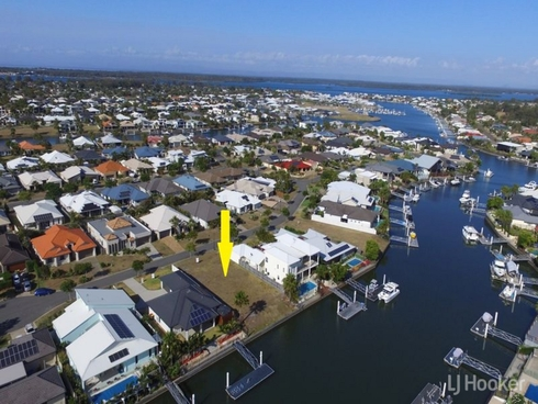 13 Baza Place Banksia Beach, QLD 4507