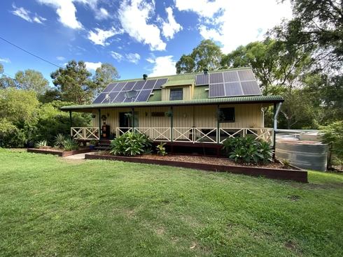 6 Paterson Road Moore, QLD 4314