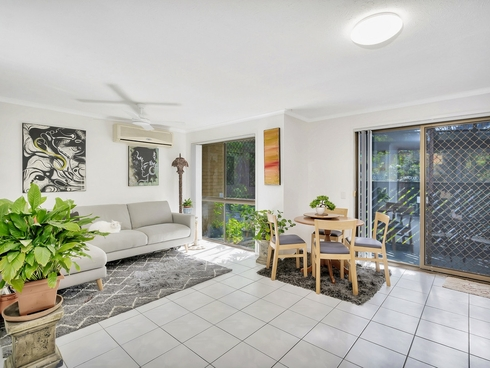 10/7-13 Parkridge Drive Molendinar, QLD 4214
