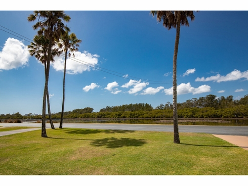 49 Point Road Tuncurry, NSW 2428