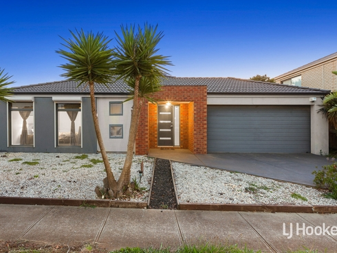 32 Teatree Terrace Point Cook, VIC 3030