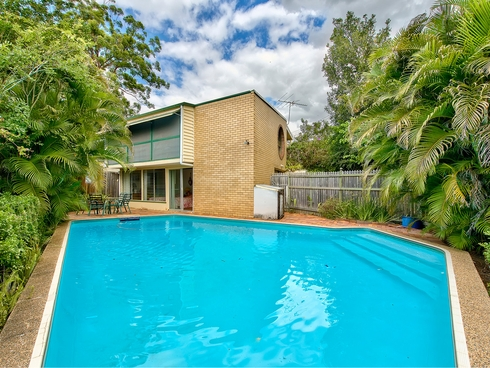 41 Pangeza Street Stafford Heights, QLD 4053