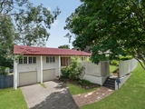 14 Rialanna Street Kenmore, QLD 4069