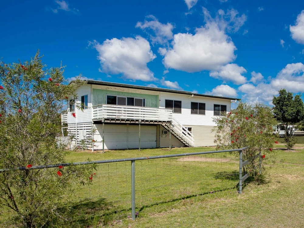 26 Sandalwood Drive Brightview, QLD 4311