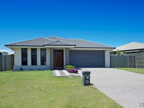16 Honeyeater Crescent Dakabin, QLD 4503