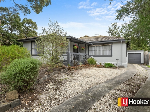 14 Nodding Avenue Frankston North, VIC 3200