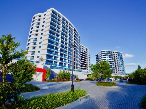 4607/5 Harbour Side Court Biggera Waters, QLD 4216
