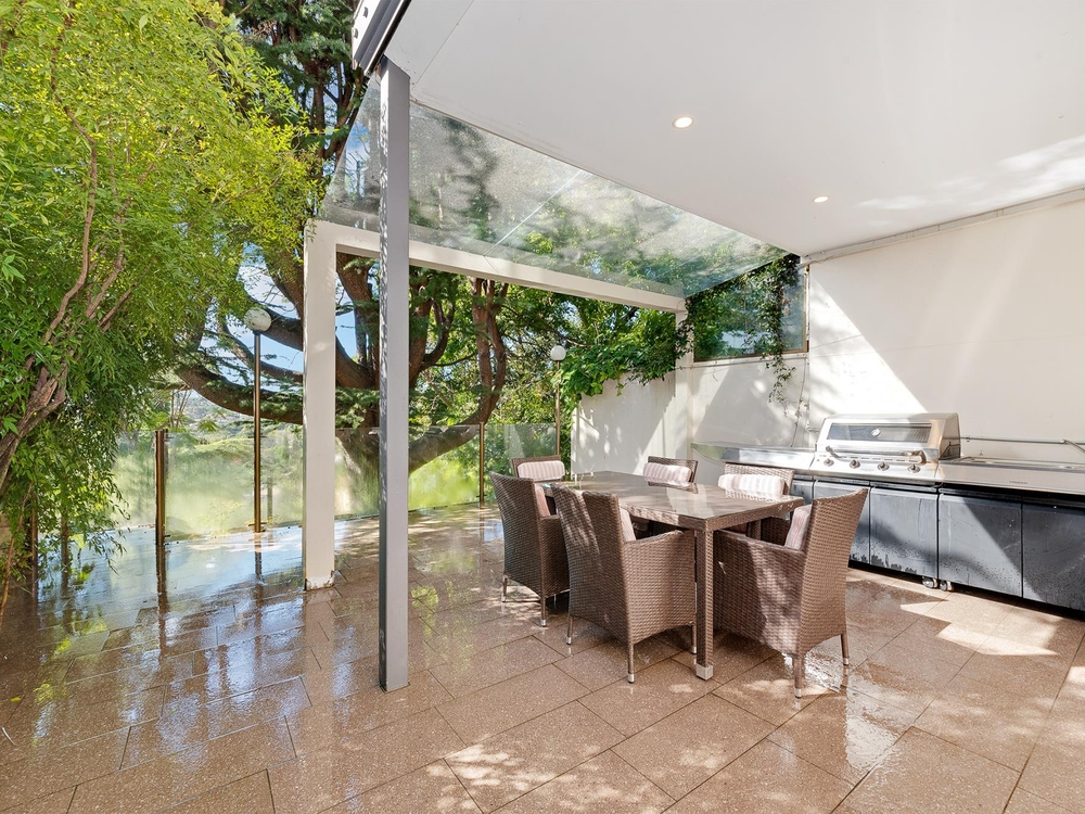 207 Edgecliff Road Woollahra, NSW 2025