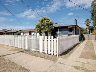 52 Ziegler Avenue Kooringal , NSW, 2650