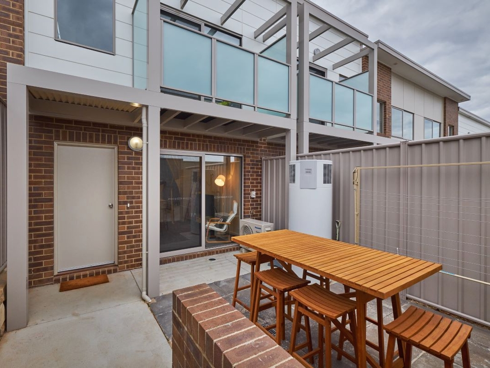 16 Ingold Street Coombs, ACT 2611