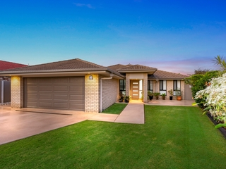 9 Bowley Street Pacific Pines , QLD, 4211