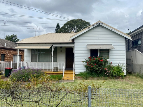 24 Crossland Street Merrylands, NSW 2160