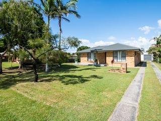5 Kalang Place Iluka, NSW 2466