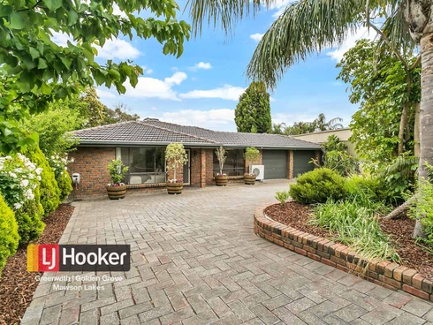 8 Zanoni Crescent Surrey Downs, SA 5126
