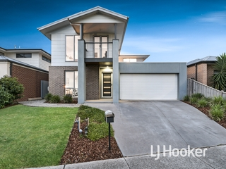 9 Maeve Circuit Clyde North , VIC, 3978