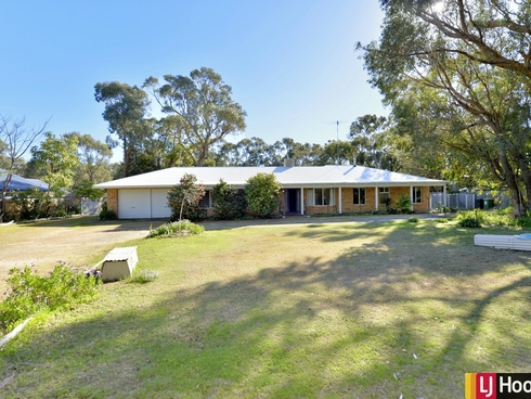 4 Nutbush Avenue Falcon, WA 6210