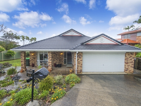 24 Warrambool Rd Ocean Shores, NSW 2483