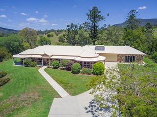 208 Herron Road Cedar Creek, QLD 4520