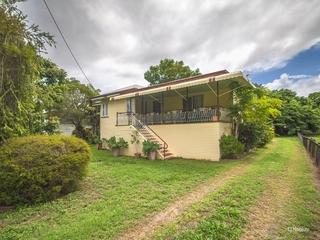 25 Medcraf Street Park Avenue , QLD, 4701