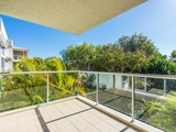 225/64 Sickle Avenue Hope Island, QLD 4212