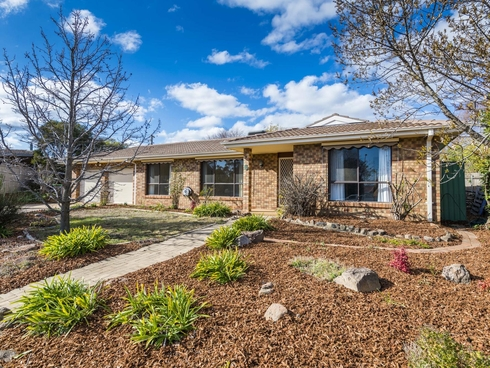 6 Hain Place Gilmore, ACT 2905