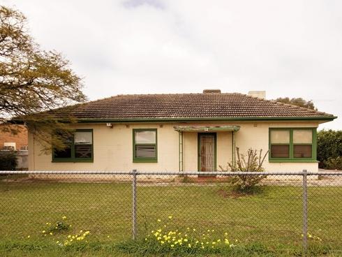 12 Thompson Street Elizabeth South, SA 5112