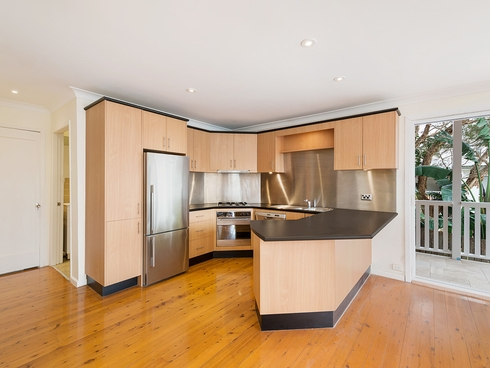 Lower/31 Delaigh Avenue North Curl Curl, NSW 2099