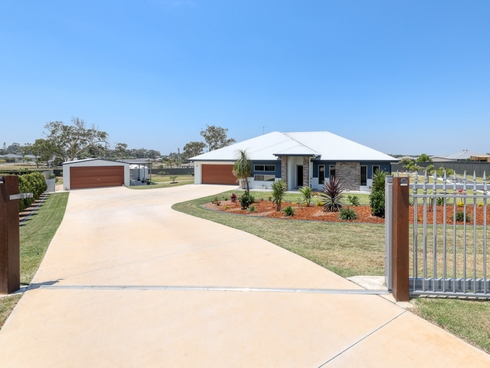 22 Duclos Close Ningi, QLD 4511