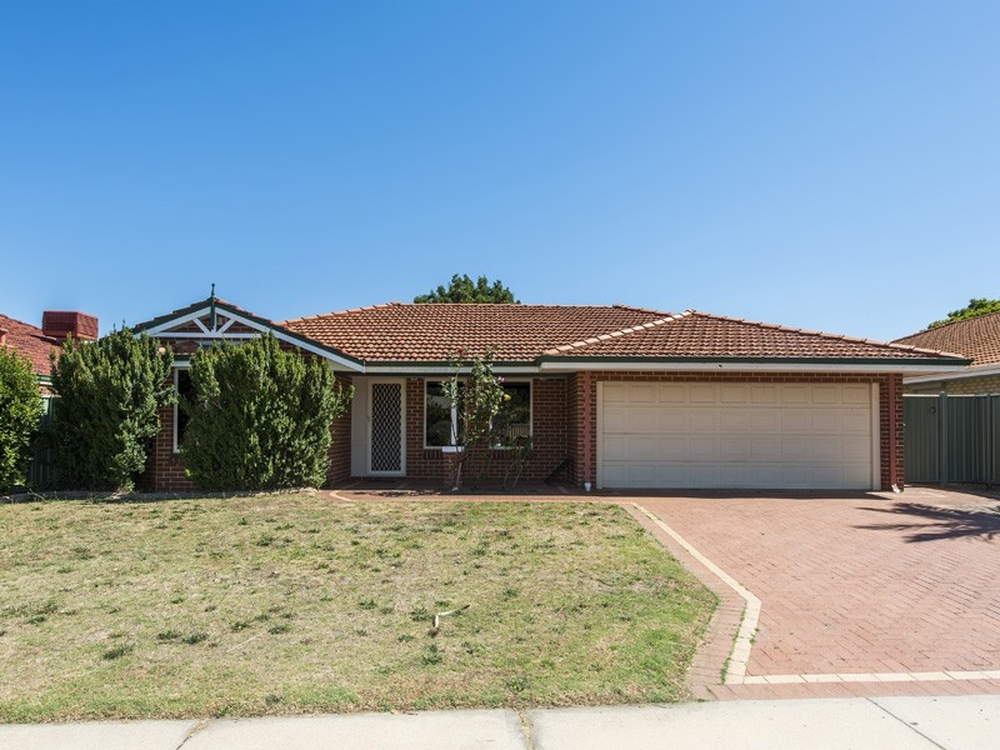 31 Feeney Gardens High Wycombe, WA 6057
