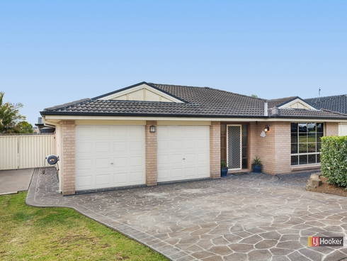 30 Greenhaven Circuit Woongarrah, NSW 2259