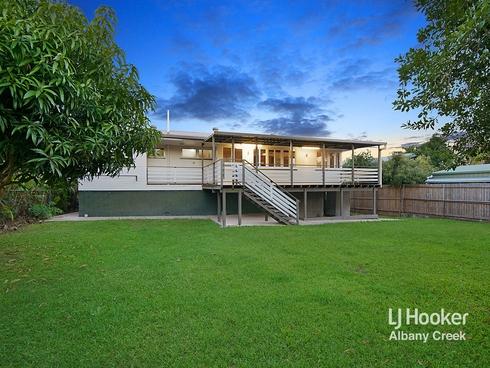 15 Centre Street Strathpine, QLD 4500