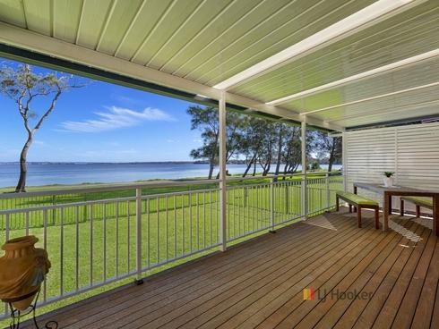 126 Diamond Head Drive Budgewoi, NSW 2262