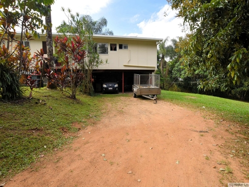 15 Tully Gorge Road Tully, QLD 4854