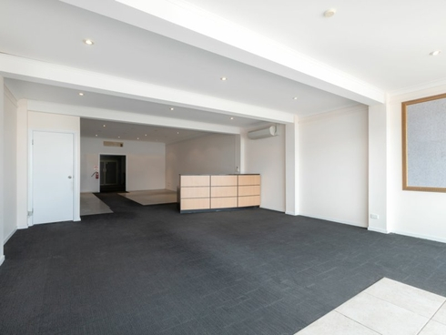 12/482 Pacific Highway Wyoming, NSW 2250