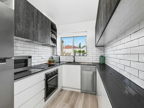 2/7-9 Rowlands Street Merewether, NSW 2291