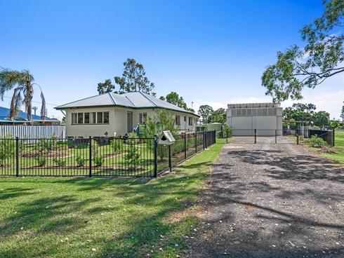 32-34 Cunliffe Street Oakey, QLD 4401