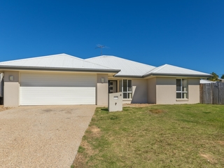 8 Silverbirch Court Upper Caboolture , QLD, 4510