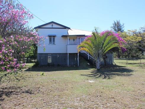 30 Barrow Street Gayndah, QLD 4625