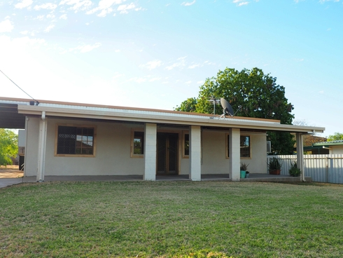 21 Isabel Street Mount Isa, QLD 4825
