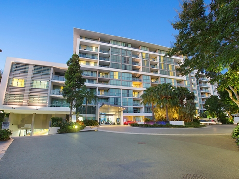 2308/33 T E PETERS Drive Broadbeach Waters, QLD 4218